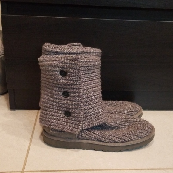 ef81533e837 UGGs PURL CARDY KNIT BOOT size 7